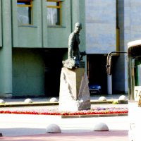 Памятник А.А.Брусилову на Шпалерной :: Сергей