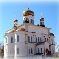 Возрождение храмов на месте порушенных.. :: Андрей Заломленков