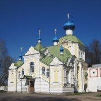 Крылечко церковь :: Ольга Варванец