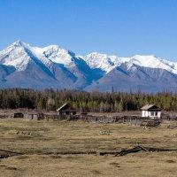 Село у подножия гор :: Анатолий Иргл