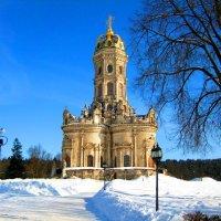 Храм в Дубровицах. :: Александр Атаулин