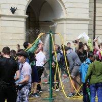 Обливной понедельник во Львове-7. :: Руслан Грицунь