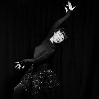 Танец 3 :: Александр Барышев