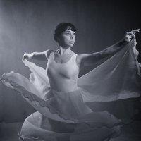Танец 1 :: Александр Барышев