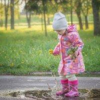 Детство в резиновых сапогах :: Наталья Кравченко