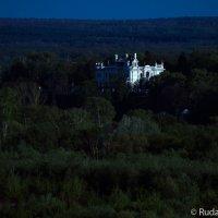 Дом где живут призраки :: Сергей