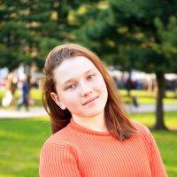 В парке-3 :: Полина Потапова