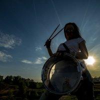 Барабанной дробью мы весну встречаем... :: Наталья Сидорович