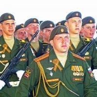 На парад в честь 71 годовщины ВЕЛИКОЙ ПОБЕДЫ (2) :: Александр Запылёнов