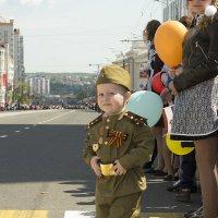 Юный участник парада! :: Алёна Алексаткина