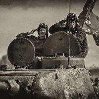 С Победой (деталь фото) :: Виктор Перякин