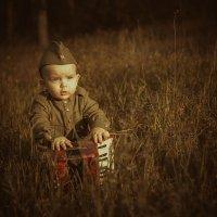 Маленький солдат :: Алексей Павлов