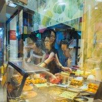 Hong Kong (фото новаторское, вне трафаретов 5-6) :: Sofia Rakitskaia