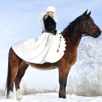 Невеста на лошади :: Ольга Слободянюк