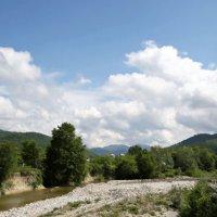 Долина реки Агой, май :: Леонид