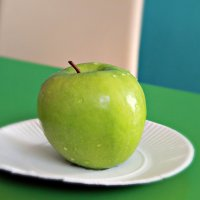 зеленое яблоко :: Tiana Ros