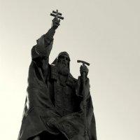 Па́мятник патриа́рху Гермоге́ну (Ермоге́ну) :: Арина Дмитриева