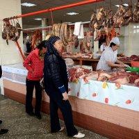 В ожидании приготовления казы - колбасы из конины. :: Асылбек Айманов