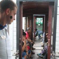 путешествие в старинном поезде :: Валентина Боровкова
