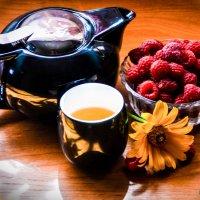 Малина и чай :: Ольга Хорьякова