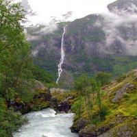 Горная речка с ледника Бриксдайл :: Nelly Lipkin