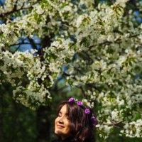 весна и девушка :: Мария Корнилова