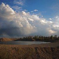 Луч солнца,вырвавшись из туч,... :: Александр Попов