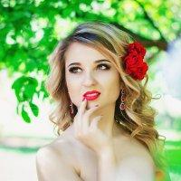 """""""когда яблони цветут..."""" :: Ксения Цапко"""