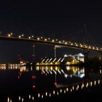 Ночь в порту :: Сергей Бордюков