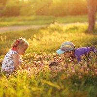 В детстве каждый новый день – находка :: Ольга Халанская