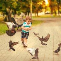 Лучший способ сделать ребенка хорошим – это сделать его счастливым. :: Ольга Халанская