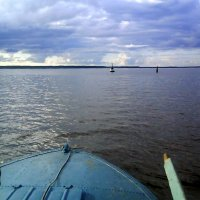 На рыбалке у острова Розбуй на Волго-Балте :: Инна Носова