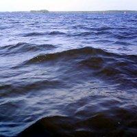 Волго-Балт между островами Розбуй и Красноборье :: Инна Носова