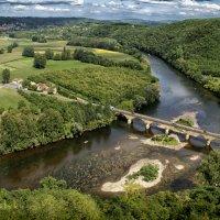 La fleuve Dordogne. Perigord. France :: Yanina Gotsulsky