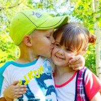 Первый поцелуй :: Евгения Мартынова