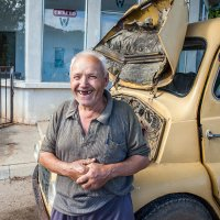Сербский крестьянин с авто :: Evgeny Kornienko