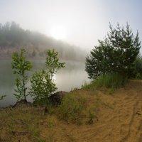 Восход над озером. :: Яков Реймер