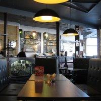 Утром в кафе :: SYN-2012