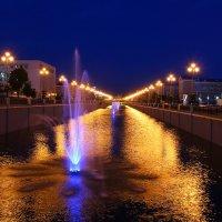 Ночные фонтаны :: Александр Богомолов