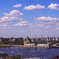 Город стоит над великою русской рекой :: Татьяна Ломтева