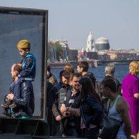 После парада на набережной :: Alena Cyargeenka