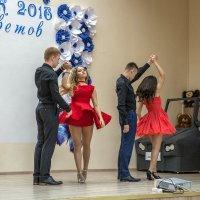 Сегодня в школе нам звонит в последний раз звонок :: Ирина Данилова