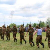Спецназ спешит на помощь :: Владимир Болдырев