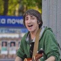 Кто этот парень с гитарой? :: cfysx