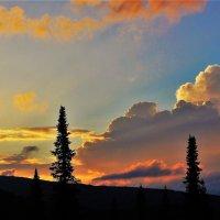 Облачный закат :: Сергей Чиняев