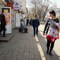 На одной из улиц :: Николай Сапегин