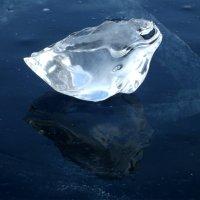 Ледяные скульптуры, сотворенные Байкалом. Лягушка :: Нина