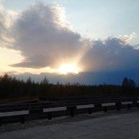 Прохудившееся облако :: Василий