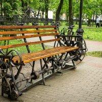 Высокотехнологичная скамейка :: Павел Солопов