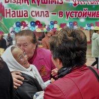 Гости из России  находят своих знакомых :: Николай Сапегин
